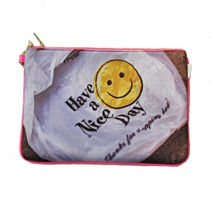 "Havanine (ハバナイン) バッグ Neoprene Clutch Bag ""Smileyface"""