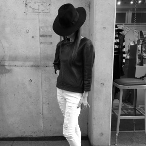 Muu Baa Leather Top !!!