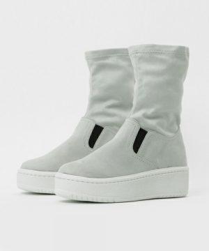 MYneself(MAISON MIHARA YASUHIRO)  Sneaker Boots GRY