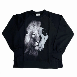 TAAKK LAYERED LION long Sleeve T-Shirt